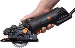 WEN 36704 4.2 Amp 3-3/8 inches Plunge Cut Compact Circular Saw